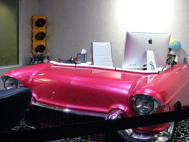 auto scrivania design Cadillac (2)